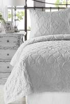 NMK Wavy Handcrafted Ruffled Quilt Set - Light Grey