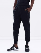 New Balance Essential Tapered Pants