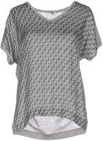 Gigue T-shirts