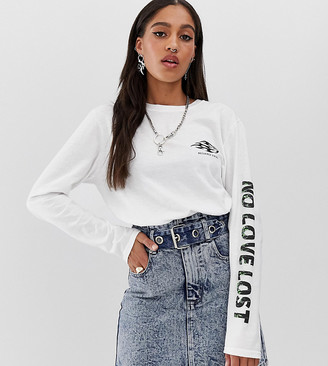 Reclaimed Vintage inspired long sleeve t-shirt with no love lost puff print-White