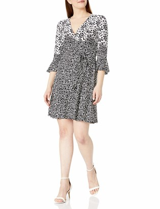 Sandra Darren Women's 1 PC V-Neck Ity Textured Fit and Flare Dress