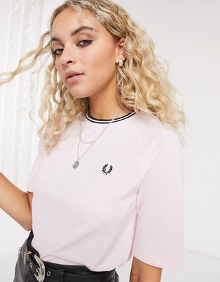 Fred Perry twin tipped t-shirt in pink