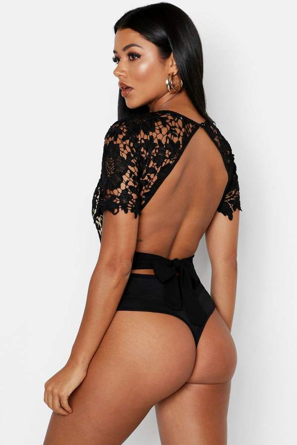 boohoo Lace Open Back Short Sleeve Bodysuit