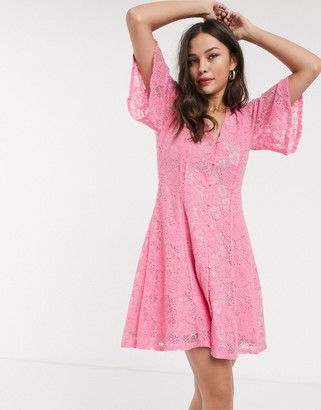 Résumé Resume tyre lace mini dress in pink