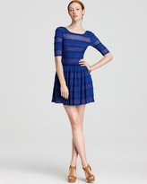 Dress - Loue Round Neck Striped Lace