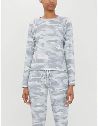 Beyond Yoga Hacci Favourite camo-print stretch-knit jumper