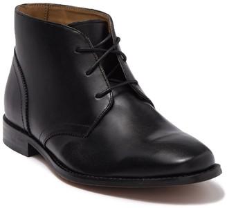 Florsheim Montinaro Leather Chukka Boot