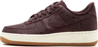 Nike Womens Air Force 1 07 PRM ESS Shoes - Size 7.5W