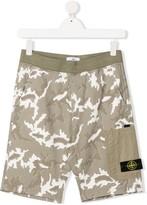 Stone Island Junior TEEN camouflage-print shorts