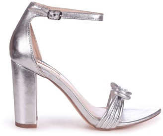 Linzi HARRI - Silver Block Heeled Sandal With Front Knot Detail