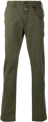 Closed straight-leg trousers