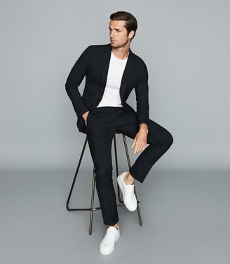 Reiss Float - Single Breasted Crepe Blazer in Navy