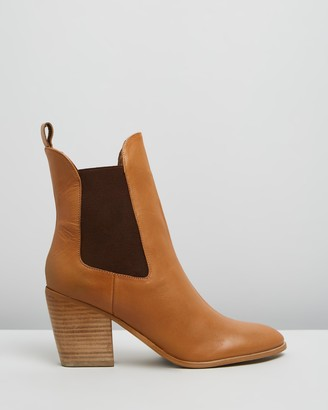 Atmos & Here Atmos&Here - Women's Brown Chelsea Boots - Fae Leather Ankle Boots - Size 38 at The Iconic