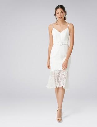 Forever New Erika Belted Lace Dress - Porcelain - 10