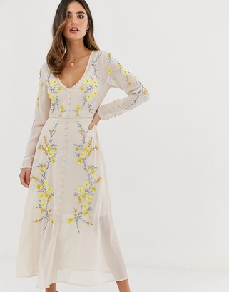 Hope & Ivy button through floral embellished midaxi dress in cream