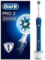 oral b Oral-B Pro 2 2000N CrossAction Electric Toothbrush - Powered By Braun