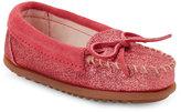 Minnetonka Kids Girls) Hot Pink Glitter Moccasins