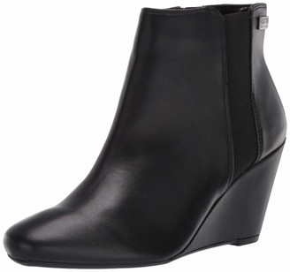 Kenneth Cole Reaction Women's Marcy Ankle Boot