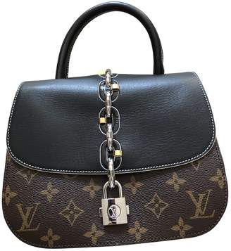 Louis Vuitton Chain It Black Cloth Handbags