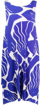 Issey Miyake Abstract-Print Technical Pleated Dress