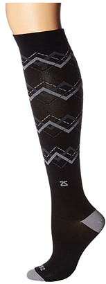Zensah Fresh Legs Chevron Argyle Compression Socks (Black/Grey) Crew Cut Socks Shoes