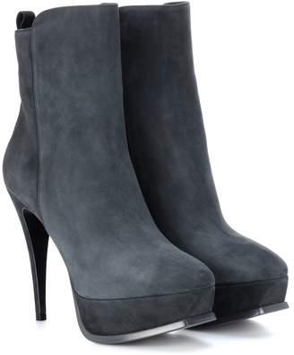 Saint Laurent Tribute 90 suede ankle boots
