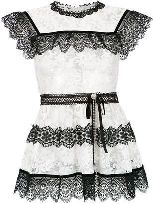 Martha Medeiros Pitty lace blouse