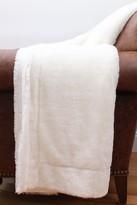 Thro Home Savannah Solid Faux Fur Throw - Egret