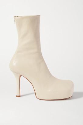 Bottega Veneta Leather Platform Ankle Boots - Cream