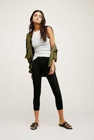 Intimately Womens BUTTON BACK CROP LEGGING
