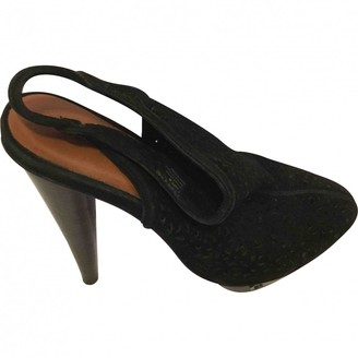 Elizabeth and James Black Suede Sandals