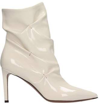 L'Autre Chose High Heels Ankle Boots In Beige Patent Leather
