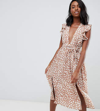 Glamorous Tall sleeveless midi dress with flutter sleeves in smudge spot print-Brown