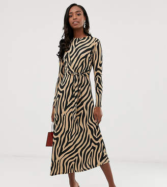 Asos Tall DESIGN Tall tie waist maxi dress in animal print-Multi