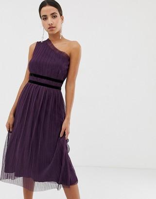 Dolly & Delicious pleated spot mesh midi dress-Purple