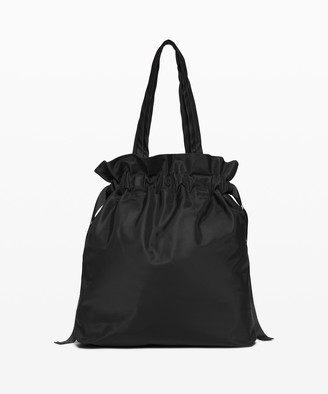 Lululemon Easy As Sunday Tote *19L