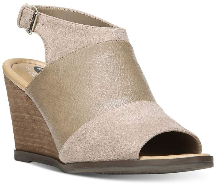 Dr. Scholl's Peaceful Wedge Sandals
