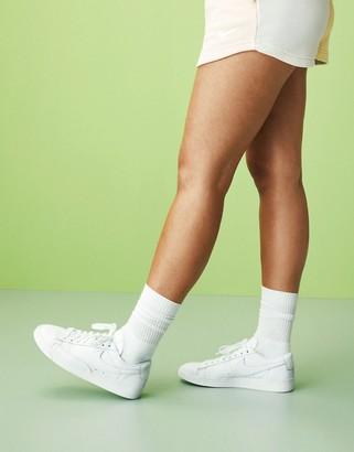 Nike Blazer Low in white