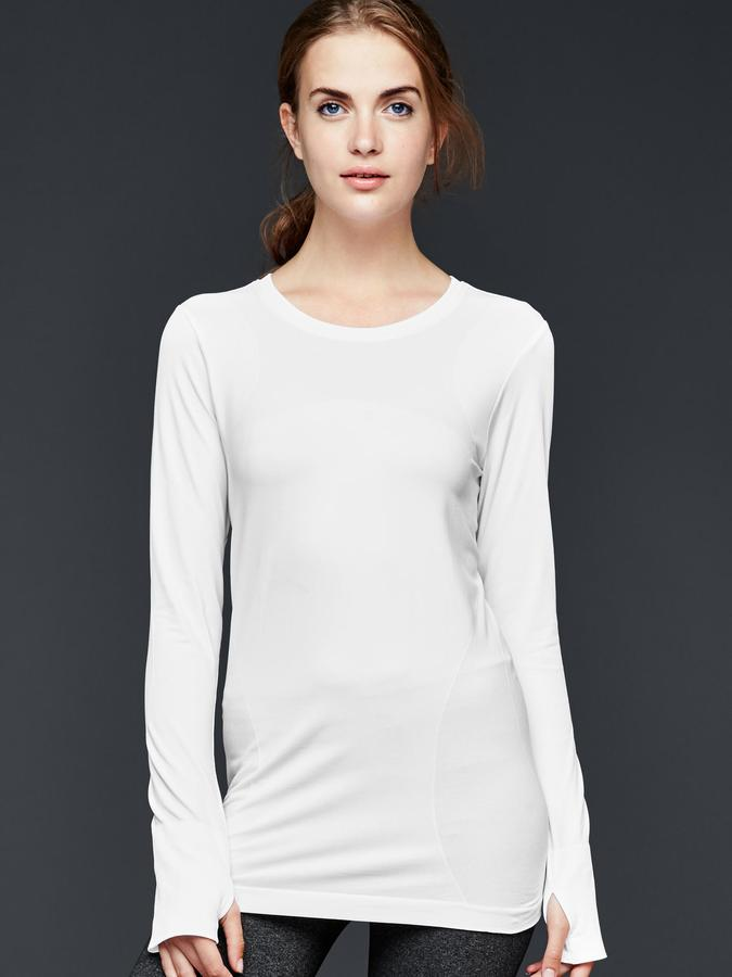 Gap GapFit Motion long-sleeve tee