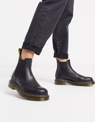 Dr. Martens 2976 chelsea ankle boots in black
