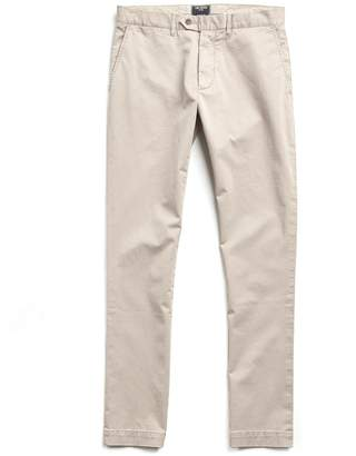 Todd Snyder Straight Fit Tab Front Stretch Chino in Bone