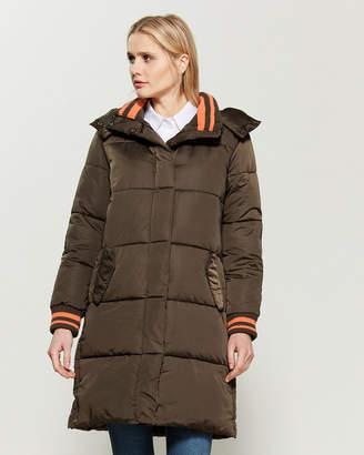 AVEC LES FILLES Stripe Trim Puffer Coat