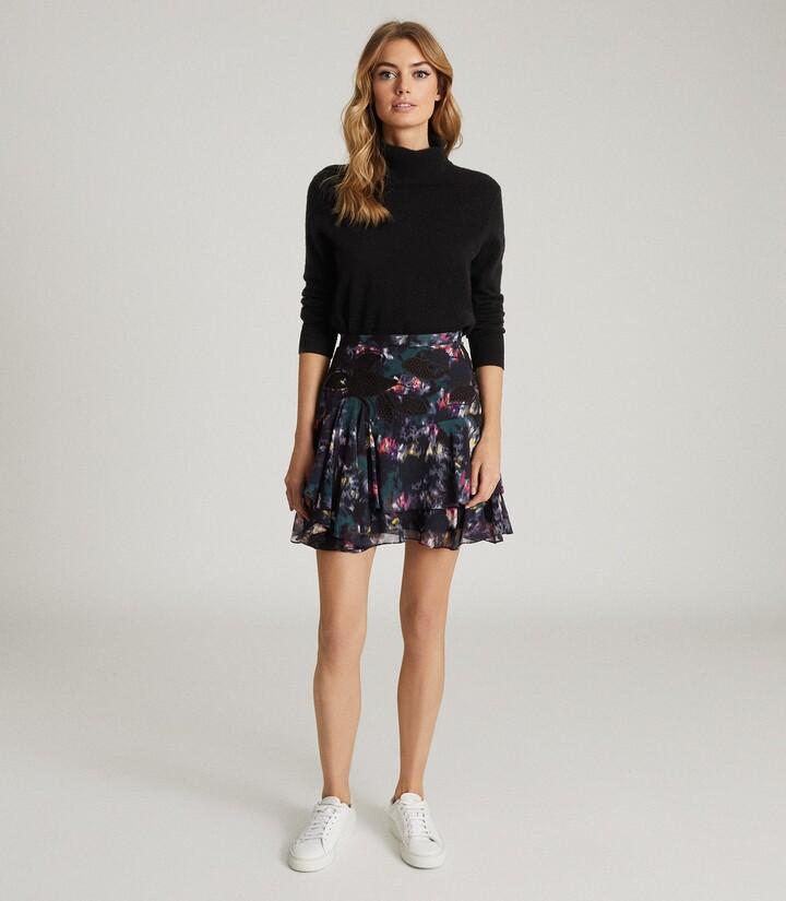 Reiss Nyla - Printed Mini Skirt in Black