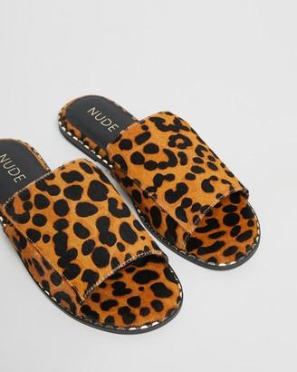 Nude Clover Leather Slides