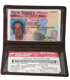 ROYCE New York Royce Slim Id Credit Card Wallet in Genuine Leather