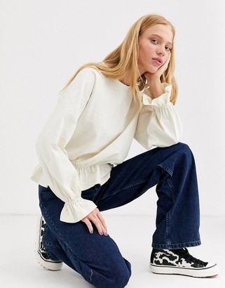 Monki oversized jersey top with balloon sleeves in off white-Purple
