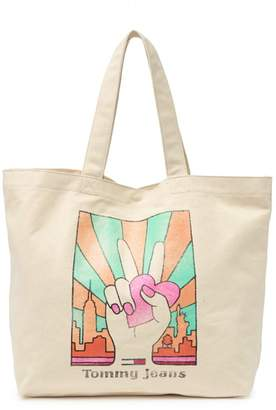Tommy Hilfiger Tommy Jeans Love & Peace Canvas Tote