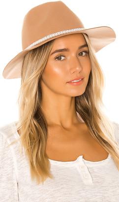 Ettika Pearl Band Hat