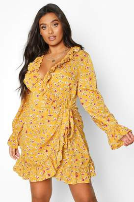 boohoo Plus Floral Print Ruffle Wrap Dress