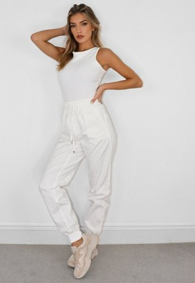 Missguided White Denim Elasticated Waist Jogger Jeans
